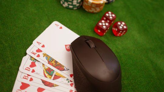 Trucs et astuces pour gagner au poker en ligne